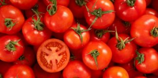 tomatoes-for-smooth-skin